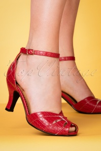 Banned Retro 50s Indescreet Sandals in Red