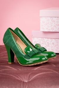 60s June Ultimate Sophistication Pumps in Emerald Green