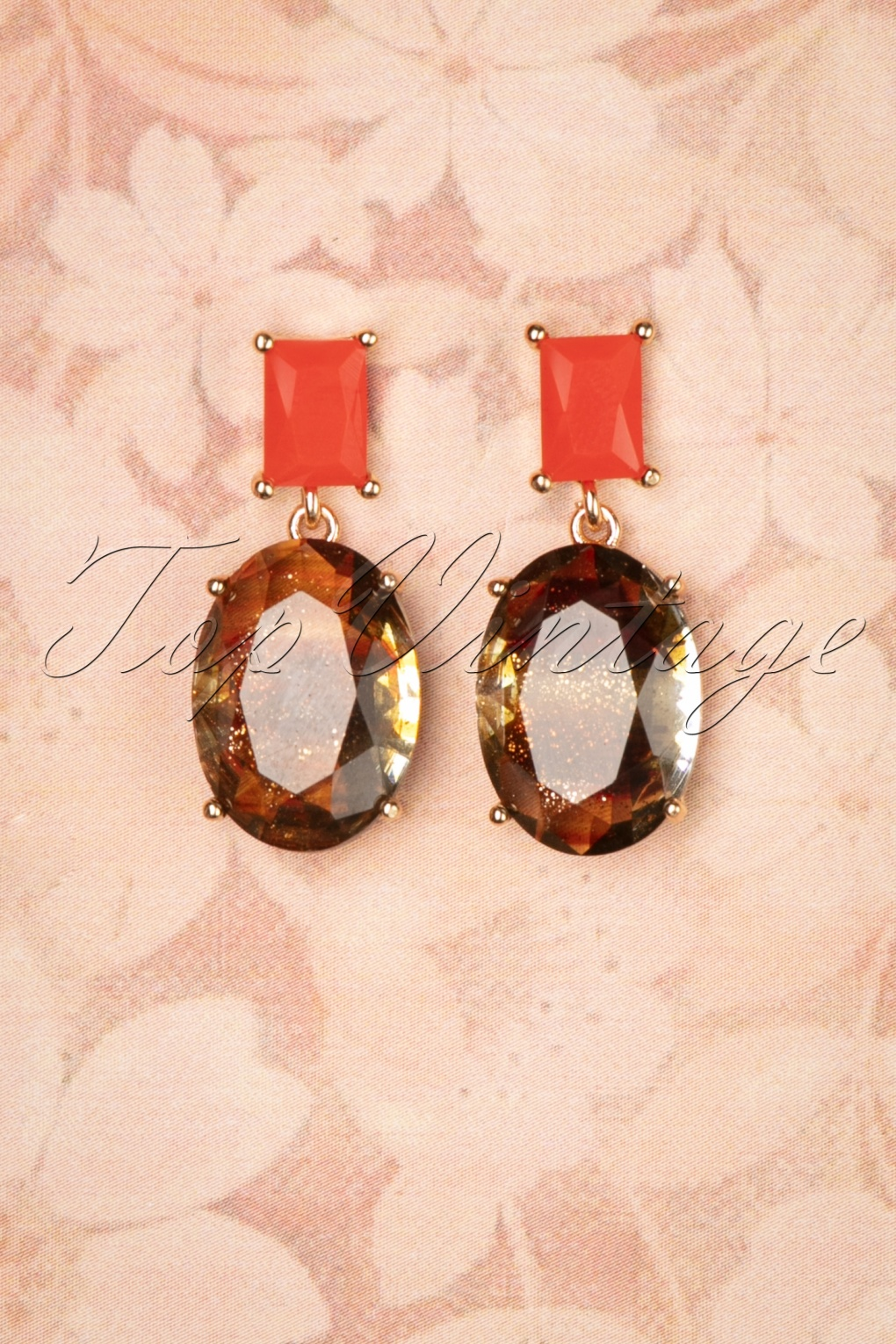 50s Jewelry: Earrings, Necklace, Brooch, Bracelet 50s Stone Drop Earrings in Coral £8.61 AT vintagedancer.com