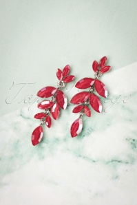 50s Dangling Leaves Earrings in Scarlet Red