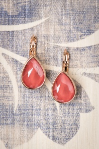 50s Vintage Teardrop Earrings in Coral