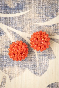 60s Small Earrings in Coral