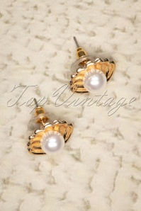 50s Venus Pearl Earrings in Gold