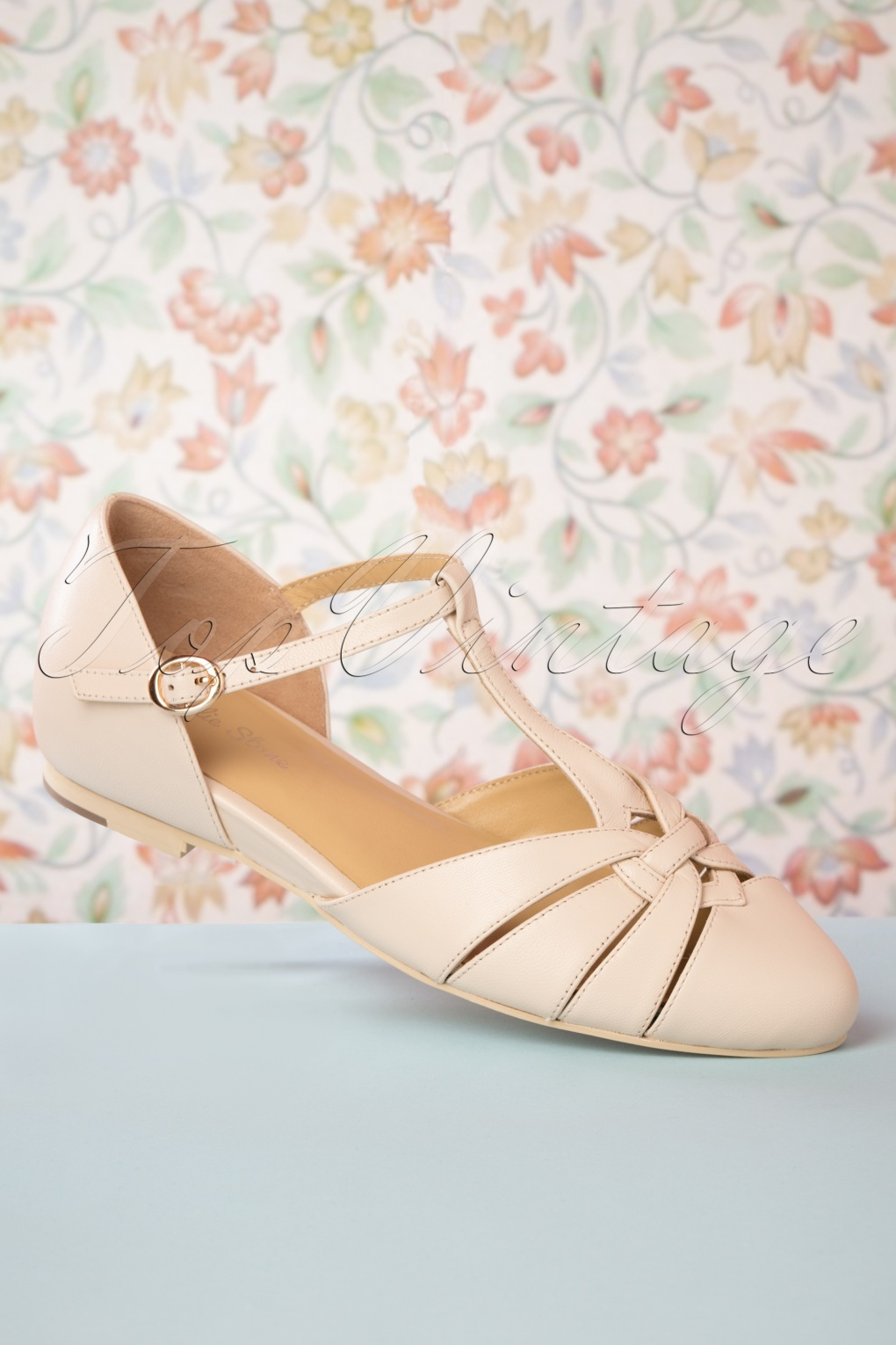 1930s Style Shoes – Art Deco Shoes 50s Montpellier T-Strap Flats in Cream �100.90 AT vintagedancer.com