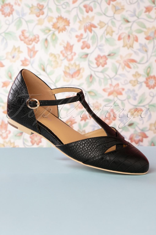 Vintage Style Shoes, Vintage Inspired Shoes 50s Roma T-Strap Flats in Black £97.07 AT vintagedancer.com