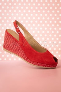 50s Pindot Platform Sandals in Red