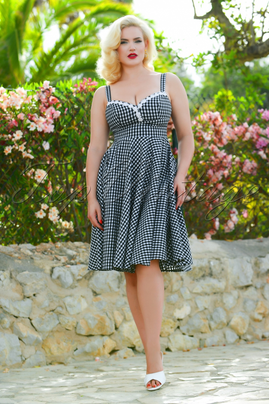 6bf28b73eab0 Fifties Dresses   1950s Style Swing to Wiggle Dresses 50s Cindy Swing Dress  in Black Gingham