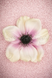 50s Lovely Anemone Hair Clip in Cream and Lilac