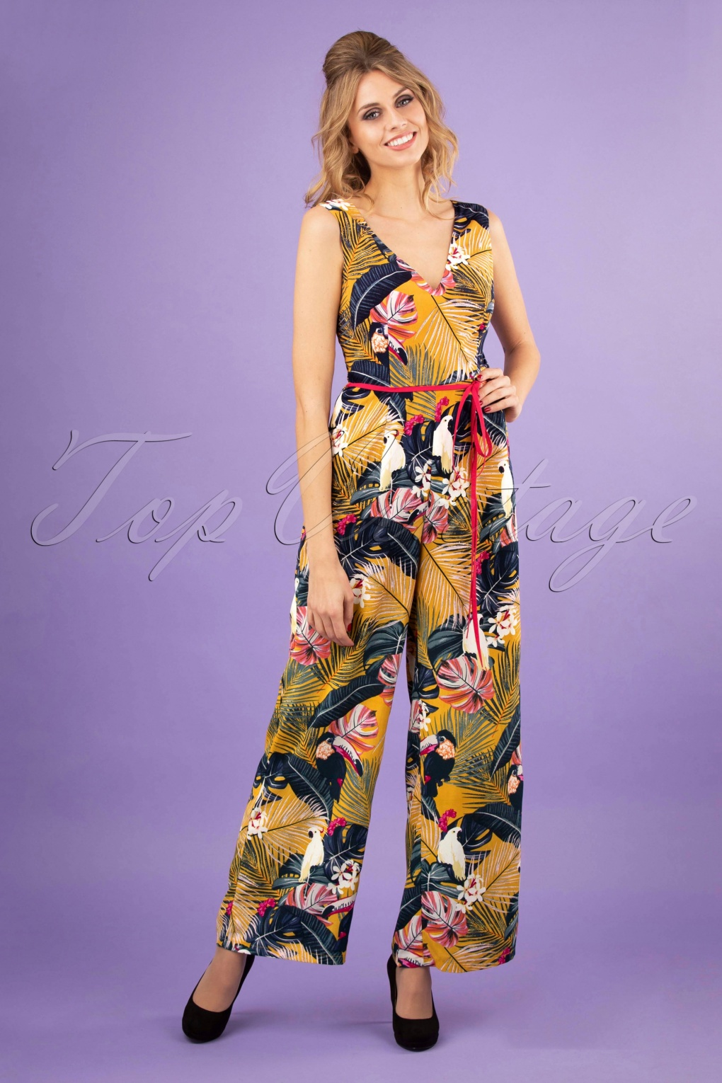 1950s Fashion History: Women's Clothing 50s Paradise Jumpsuit in Mustard £42.13 AT vintagedancer.com