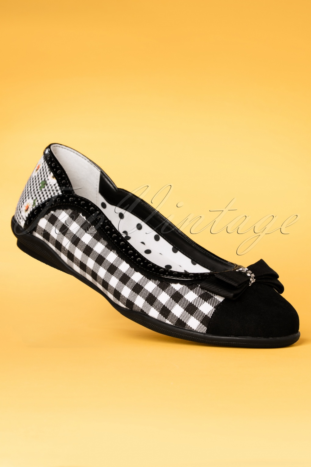 Pin Up Shoes- Heels, Pumps & Flats 60s Lizzie Gingham Flats in Black and White £55.31 AT vintagedancer.com