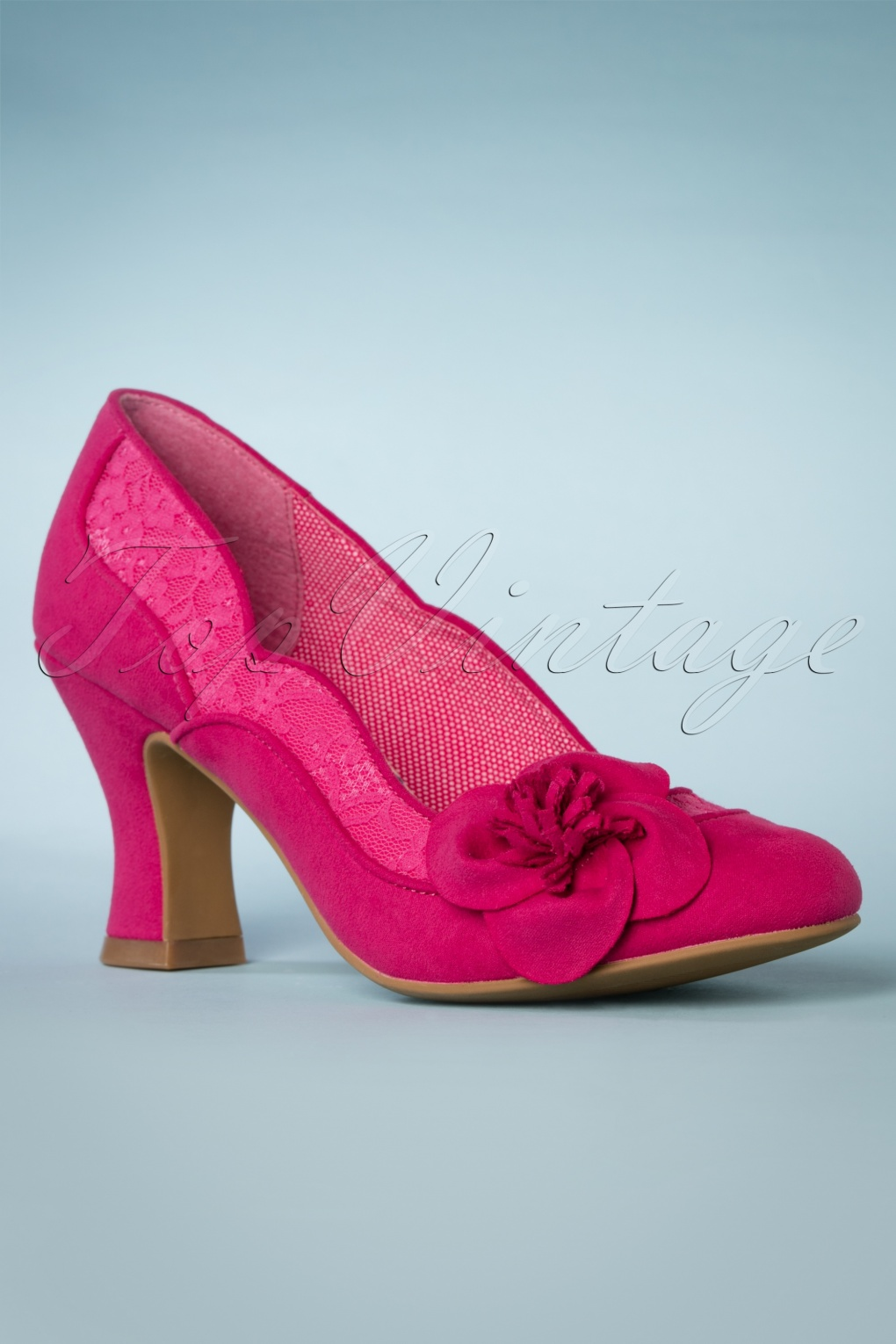 Pin Up Shoes- Heels, Pumps & Flats 40s Veronica Pumps in Fuchsia £64.98 AT vintagedancer.com
