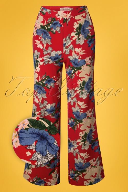 Traffic People 27322 Splendour Red Pants Blue Flowers 20190206 002Z