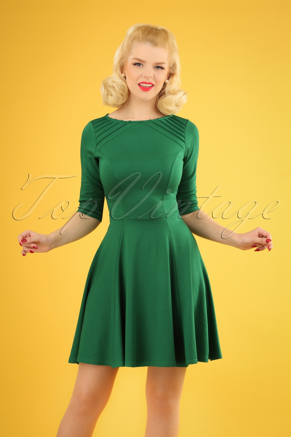 60s Fab Fit and Flare Dress in Emerald Green