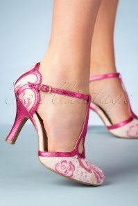 50s Polly T-Strap Pumps in Fuchsia