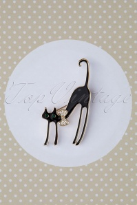 60s Scared Cat Brooch in Black