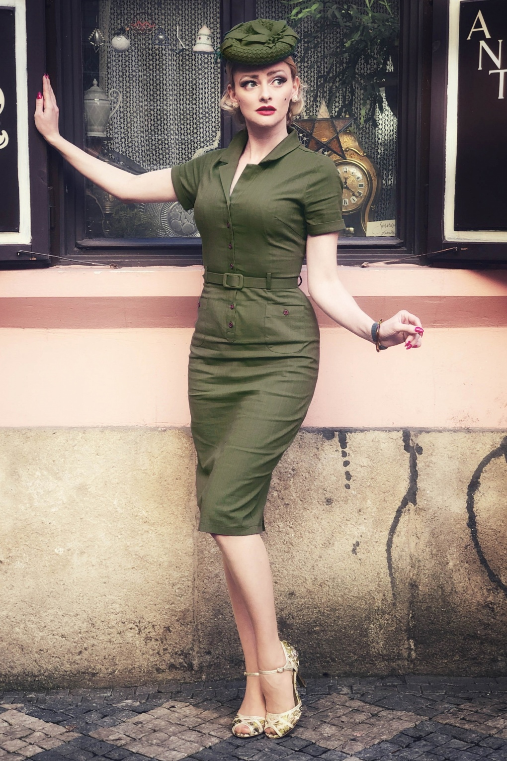 1950s Pencil Dresses & Wiggle Dress Styles 50s Caterina Pencil Dress in Olive Green £59.64 AT vintagedancer.com