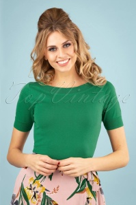 60s Audrey Cottonclub Top in Peapod Green