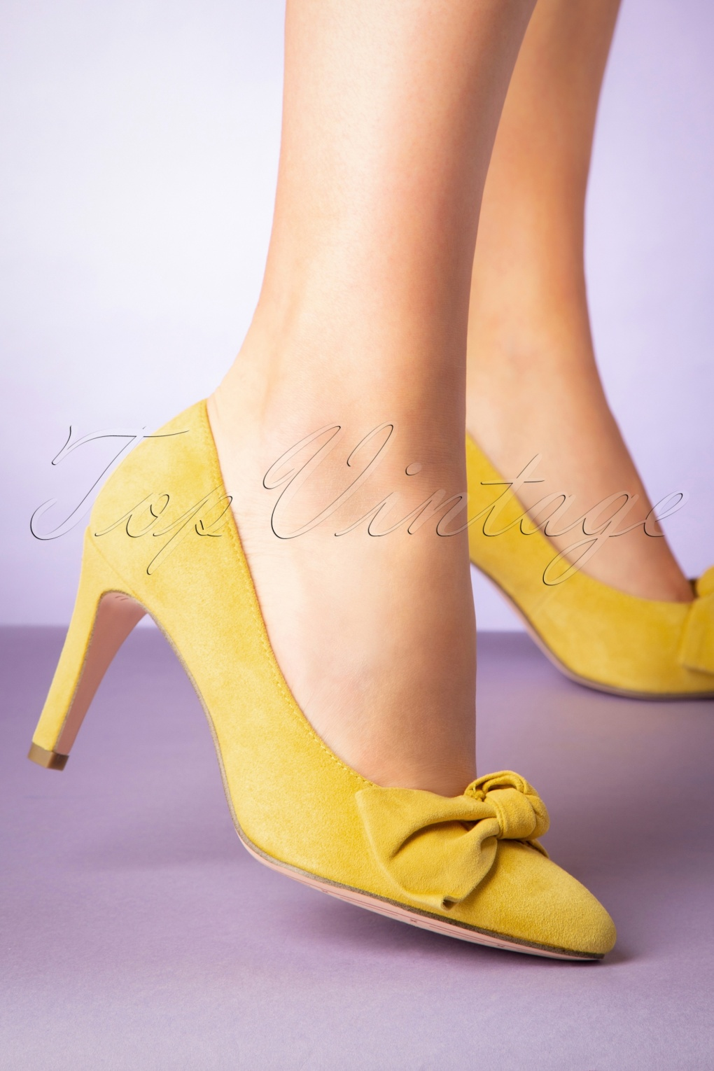 official photos 6c2ad 1ab2e 50s Suede Sun Pumps in Yellow