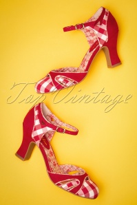 60s Jeraldine Gingham Pumps in Red