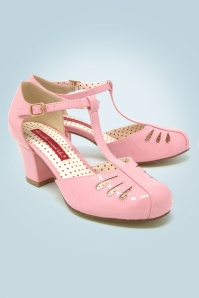 40s Robbie T-Strap Pumps in Patent Pink