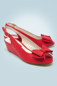 B.A.I.T. 50s Jasmine Wedge Peeptoes in Red