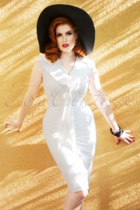 The Genevieve Pencil Dress en Blanc Immaculé