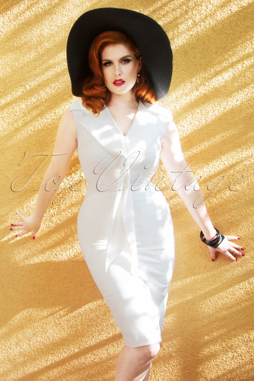 50s Wedding Dress, 1950s Style Wedding Dresses, Rockabilly Weddings The Genevieve Pencil Dress in Pure White £94.64 AT vintagedancer.com