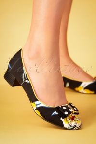 60s June Floral Pumps in Black