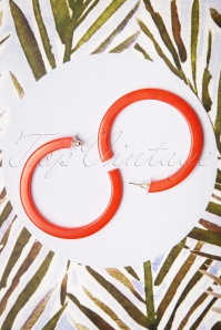 60s Hoop Earrings in Apple Red