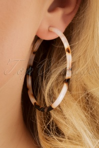 70s Josie Tortoise Hoops in Brown