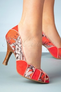 50s Matilda Peeptoe Pumps in Burnt Orange