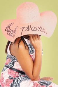 50s Beach Please Floppy Straw Hat in Light Pink