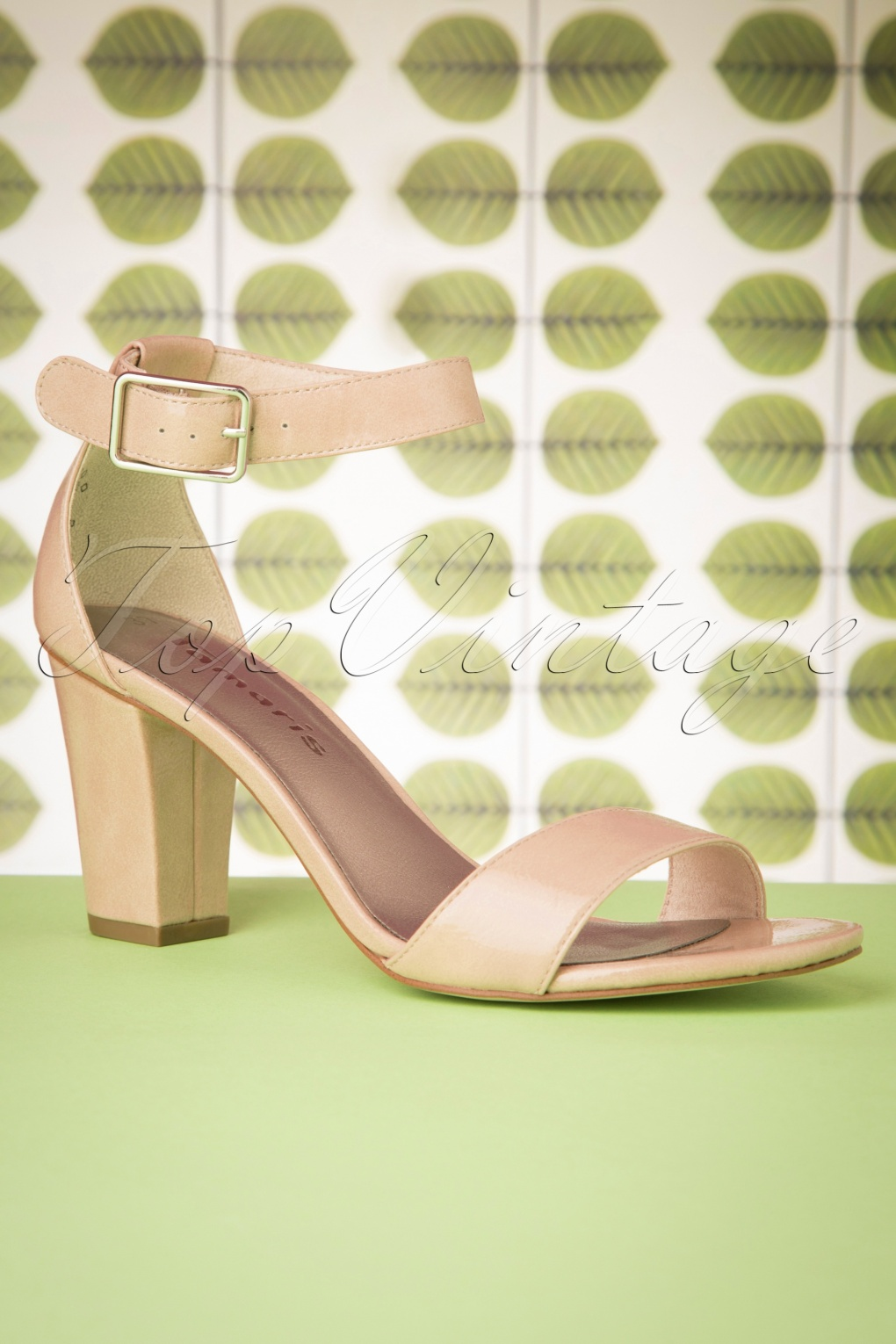 60s Patent Sandals in Nude