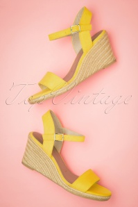 Tamaris 60s Winnie Wedges in Sun Yellow