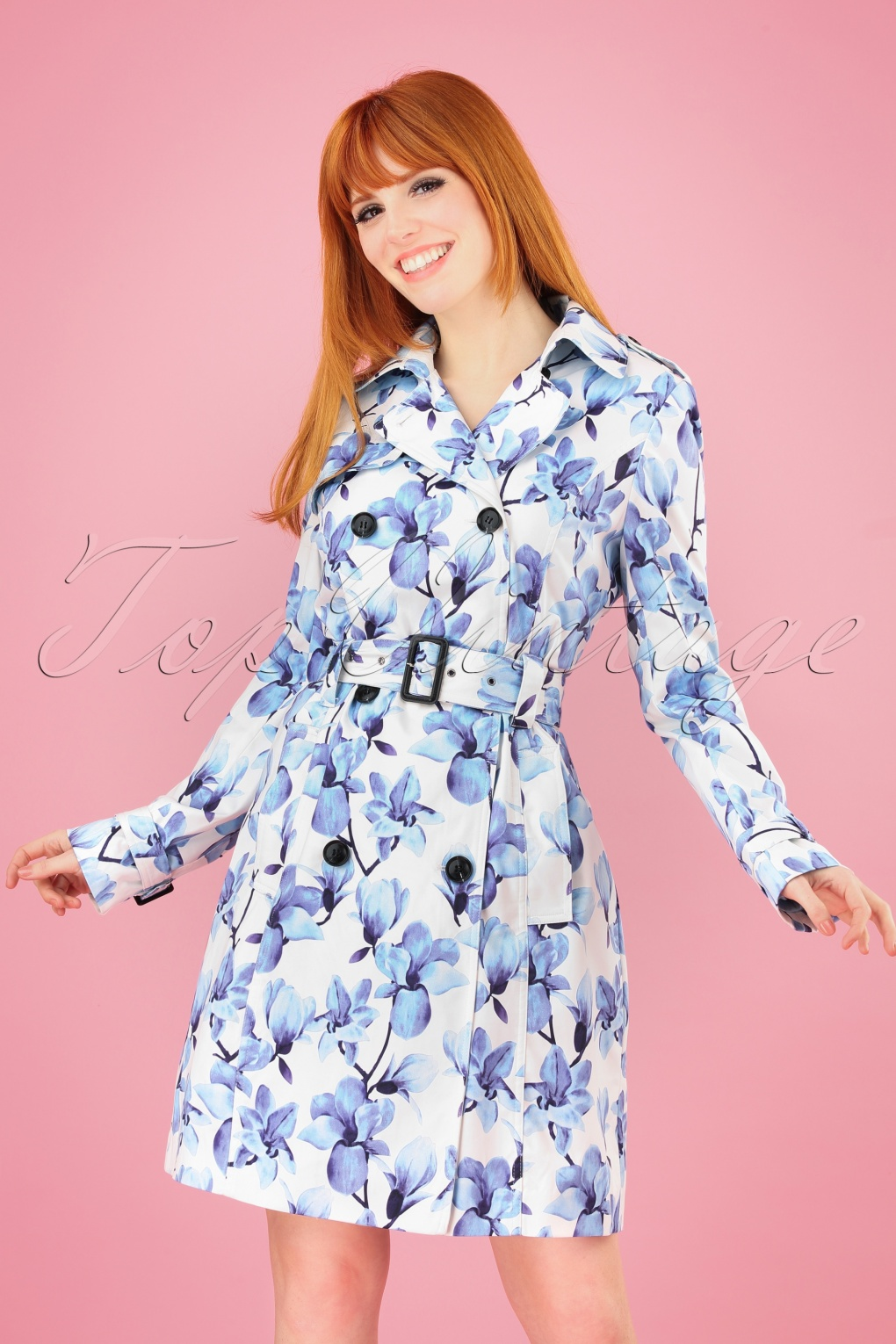 Vintage Coats & Jackets | Retro Coats and Jackets 60s Bionda Floral Trench Coat in White and Blue £60.18 AT vintagedancer.com