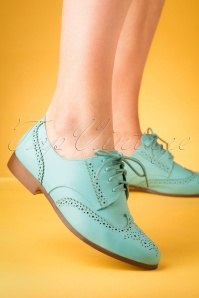 Yull 60s Brighton Brogue Shoes in Sky Blue