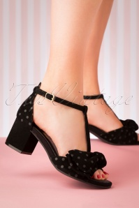 60s Eve Twilight Block Heel Pumps in Black