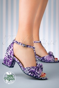 Lola Ramona 60s Eve Trixie Block Heel Pumps in Purple
