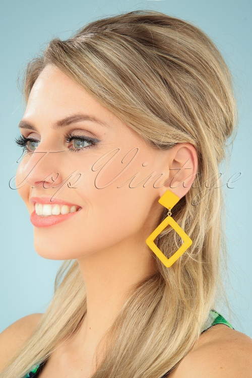 Collectif Clothing 27251 Earrings Yellow Square 20190320 001 W