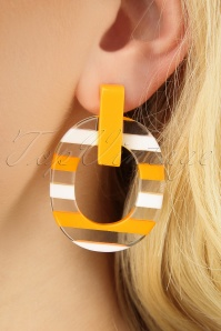 50s Summer Earrings in Sunny Yellow