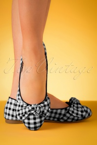 50s Naomi Gingham Flats in Black and White
