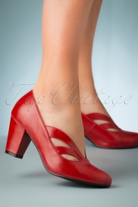 40s Layla Pumps in Red