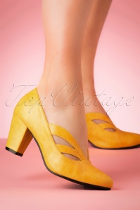 40s Layla Pumps in Yellow