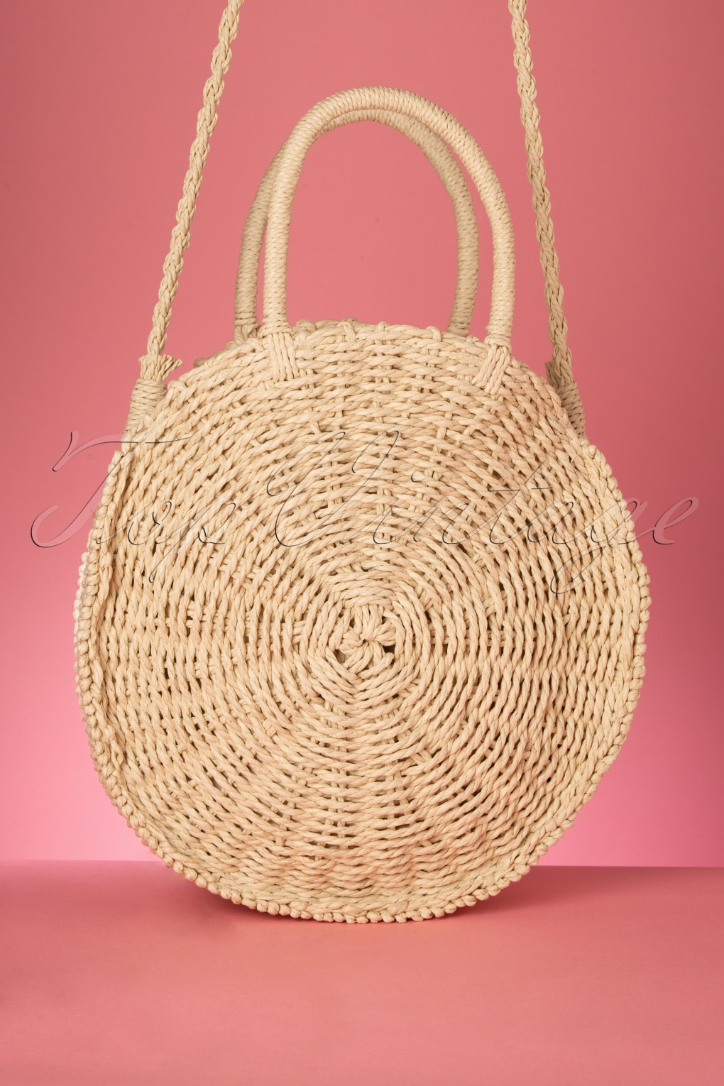 Vintage & Retro Handbags, Purses, Wallets, Bags 50s Frederique Round Woven Bag in Natural �37.93 AT vintagedancer.com