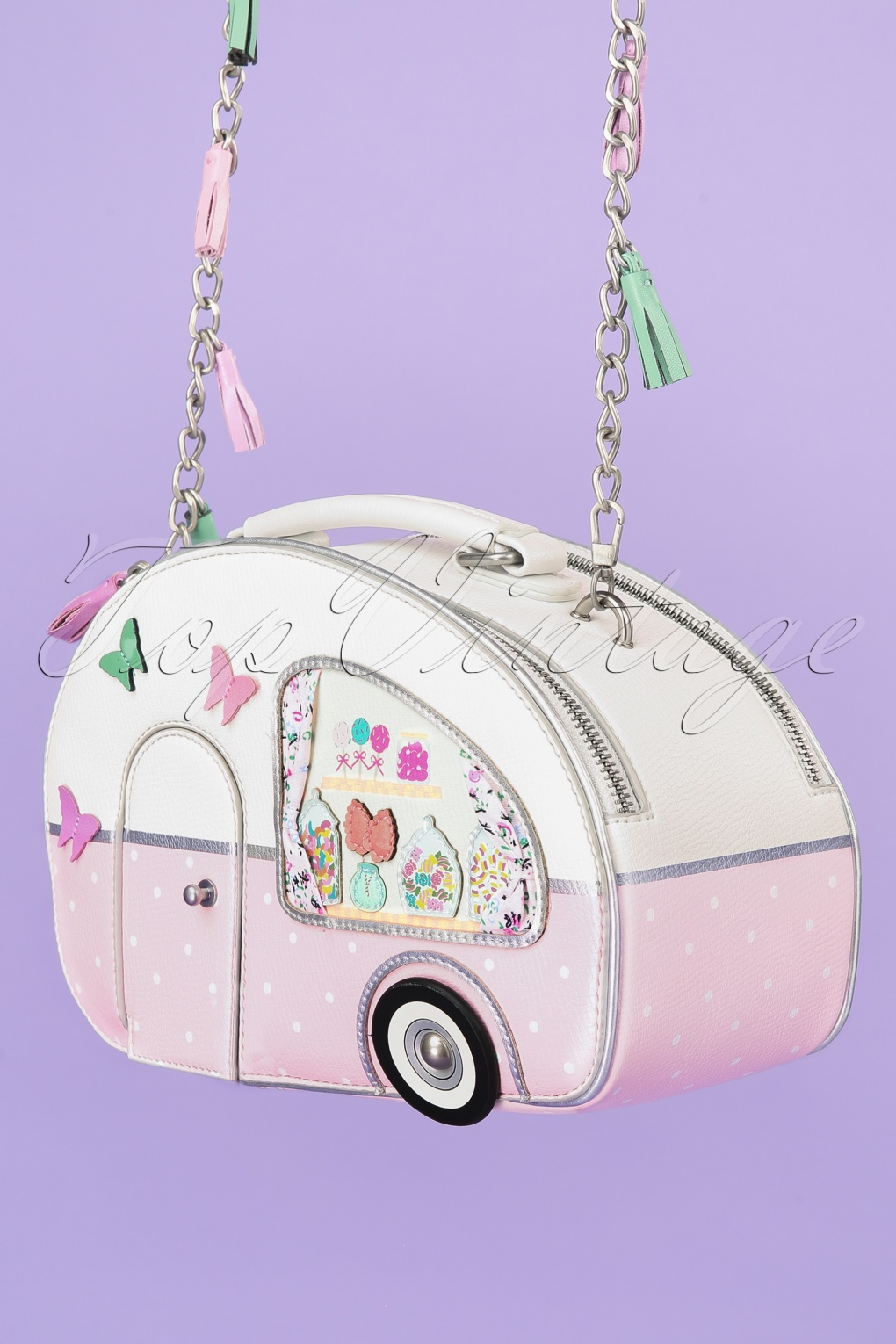 Vintage & Retro Handbags, Purses, Wallets, Bags 50s Sweetie Caravan Box Bag in Pink �94.46 AT vintagedancer.com