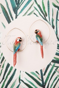 Cancun Parrot Hoop Earrings Années 60 en Rouge