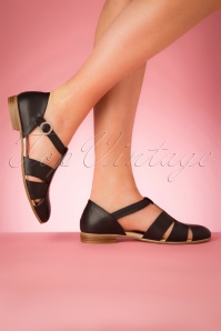 60s Sylvia Leather Flats in Black