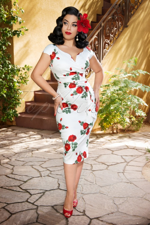 Vintage Diva 28840 The Bombshell in White Roses 20181116 03W