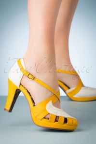 50s Angie Pumps in White and Yellow