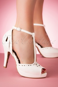 Bettie Page Shoes 28082 Willie Peeptoe White 20190418 005W